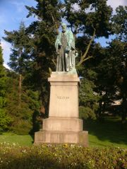 Statue of Lord Kelvin.