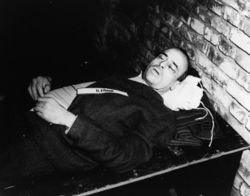 The corpse of Hans Frank after he was hanged