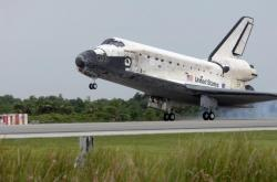 Discovery's Safely on the Ground.