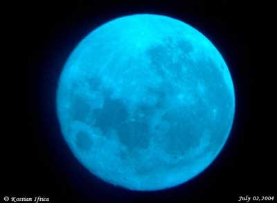 The moon seen through a blue filter. Image credit: Kostian Iftica.